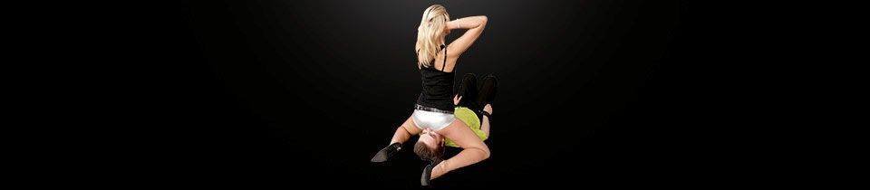 Mistress Anna humiliates by facesitting on him | Facesitting Blog